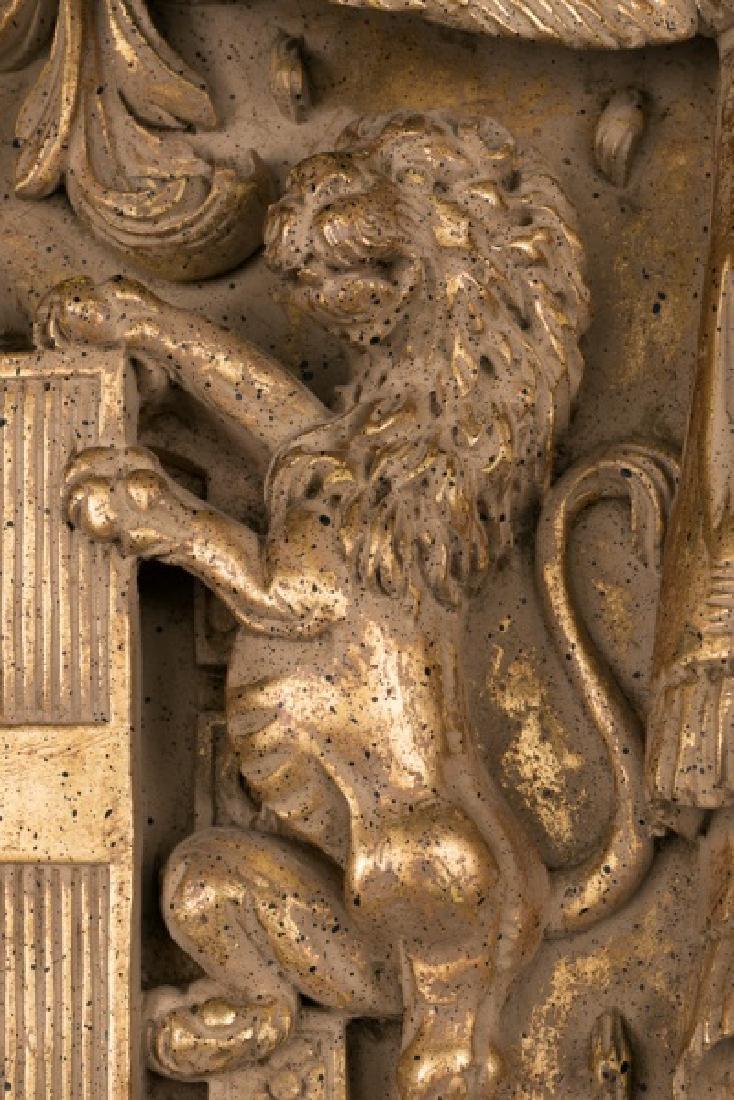 Gilt & Faux Painted Cast Plaster Heraldic Crest - 3