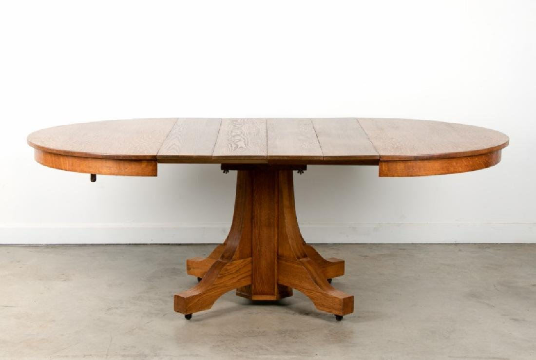 Stickley Style Oak Dining Table with 4 Leaves