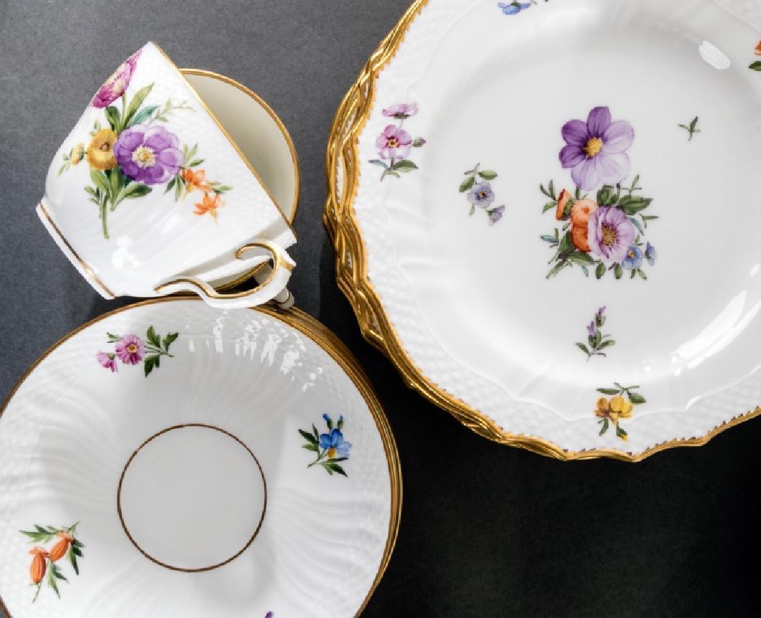 """31 Pieces, Royal Copenhagen """"Light Saxon Flower"""""""