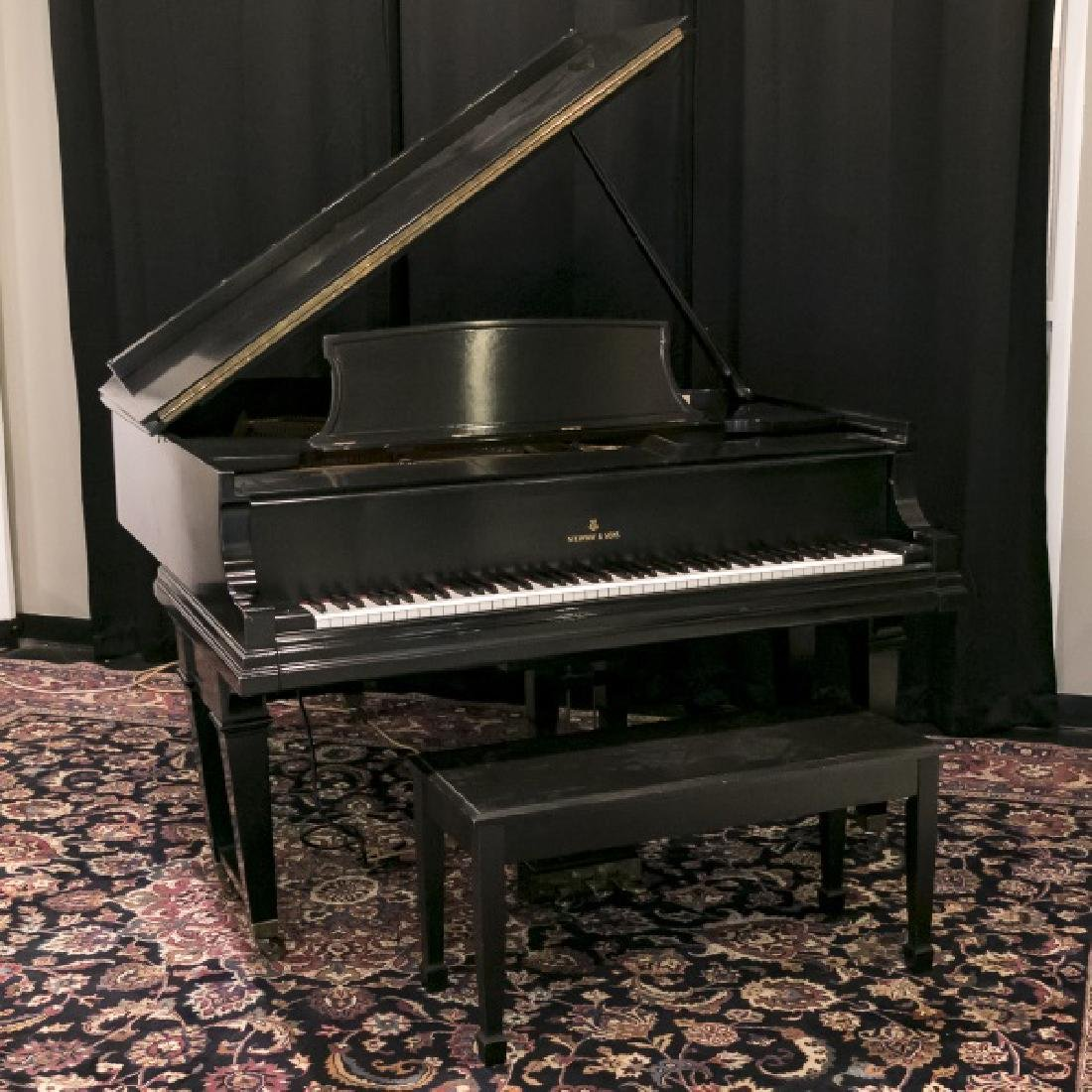 Steinway & Sons Ebonized Baby Grand Piano, c.1928