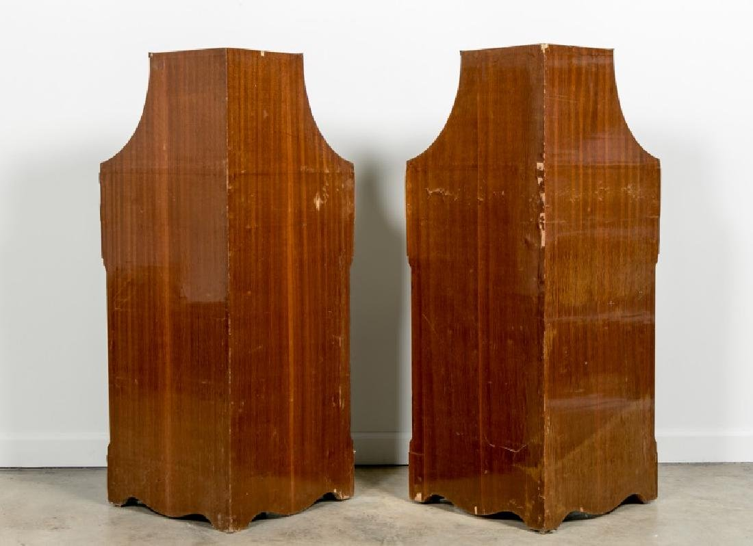 Pair of Continental Rosewood Corner Cabinets - 4