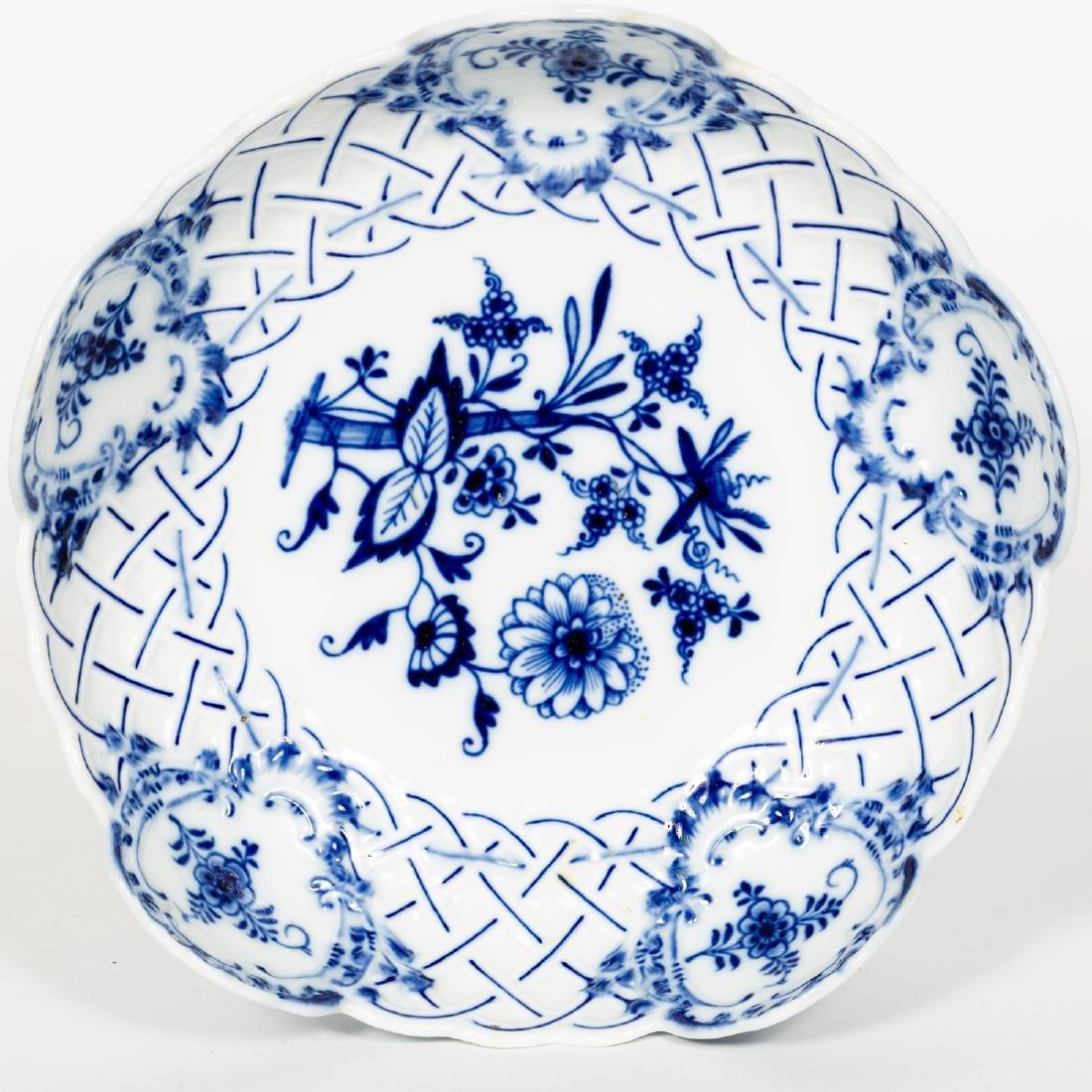 Meissen Blue & White Porcelain Compote / Bonbon - 3