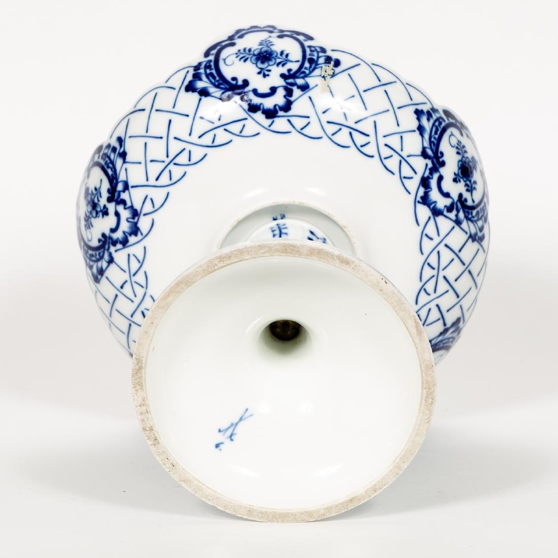 Meissen Blue & White Porcelain Compote / Bonbon - 4