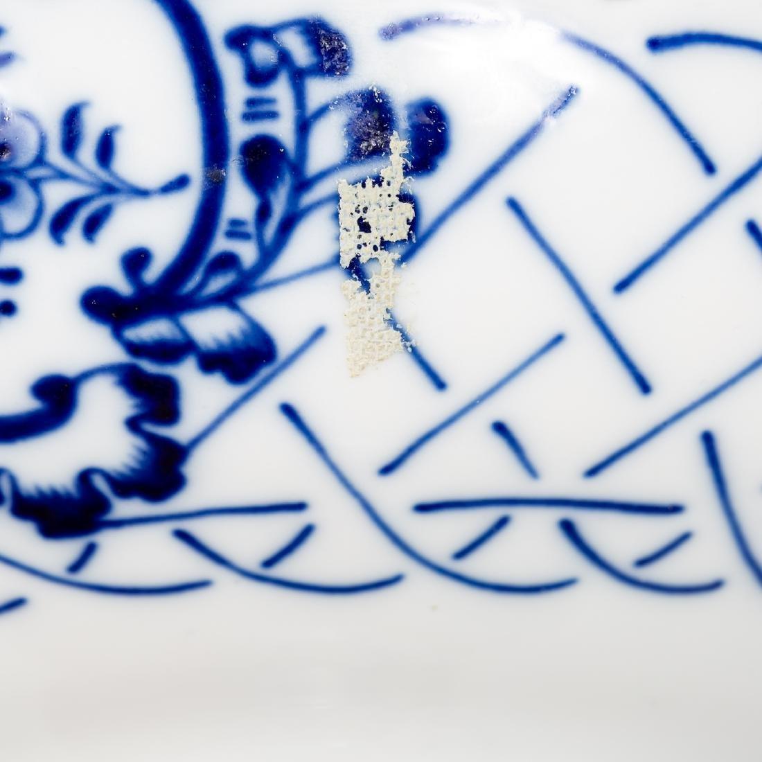 Meissen Blue & White Porcelain Compote / Bonbon - 7