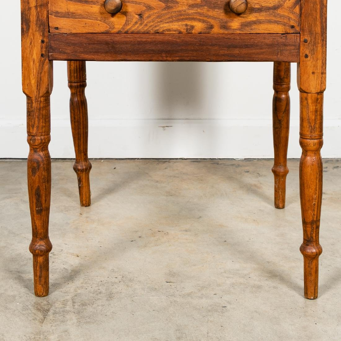 Early American Country Oak SideTable - 7