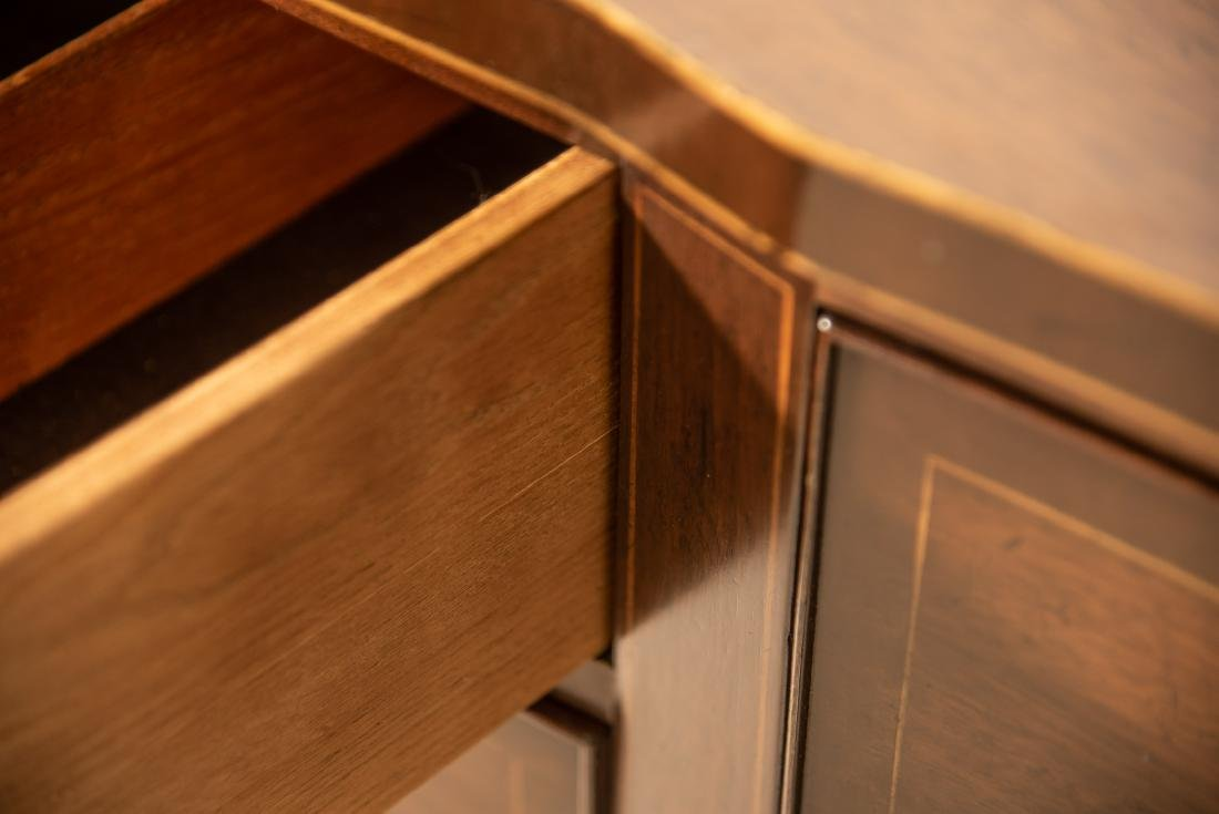 Kittinger Mahogany Inlaid Sideboard - 4