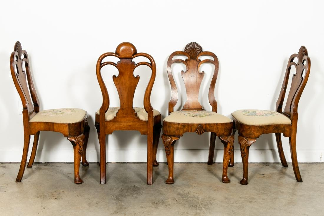 Set of 8 Queen Anne Walnut Dining Chairs, c. 1710 - 3