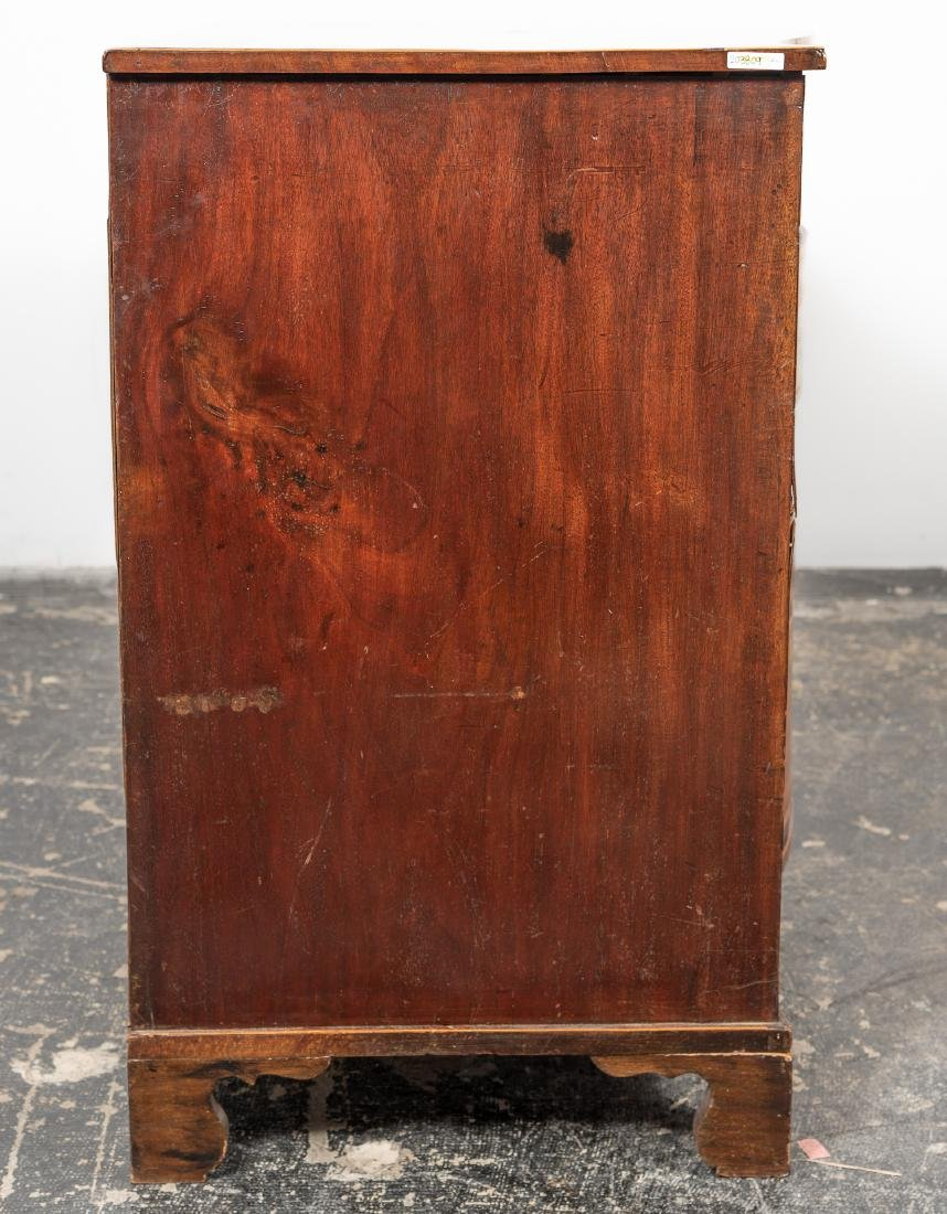 English Sheraton Serpentine Inlaid Chest, 19th C. - 4