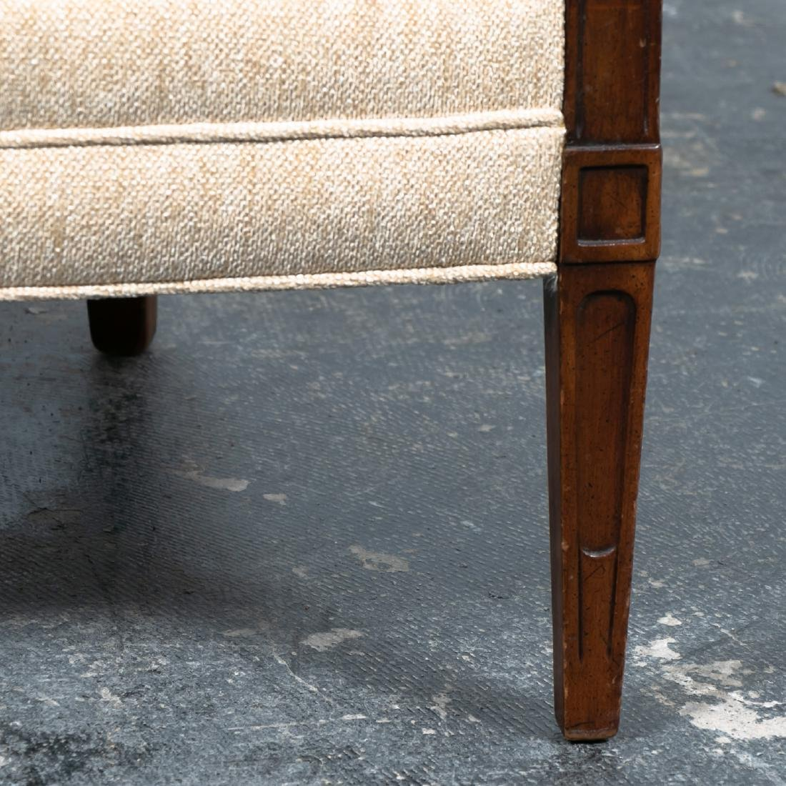 Hepplewhite Style Upholstered Settee, 20th Cent. - 10