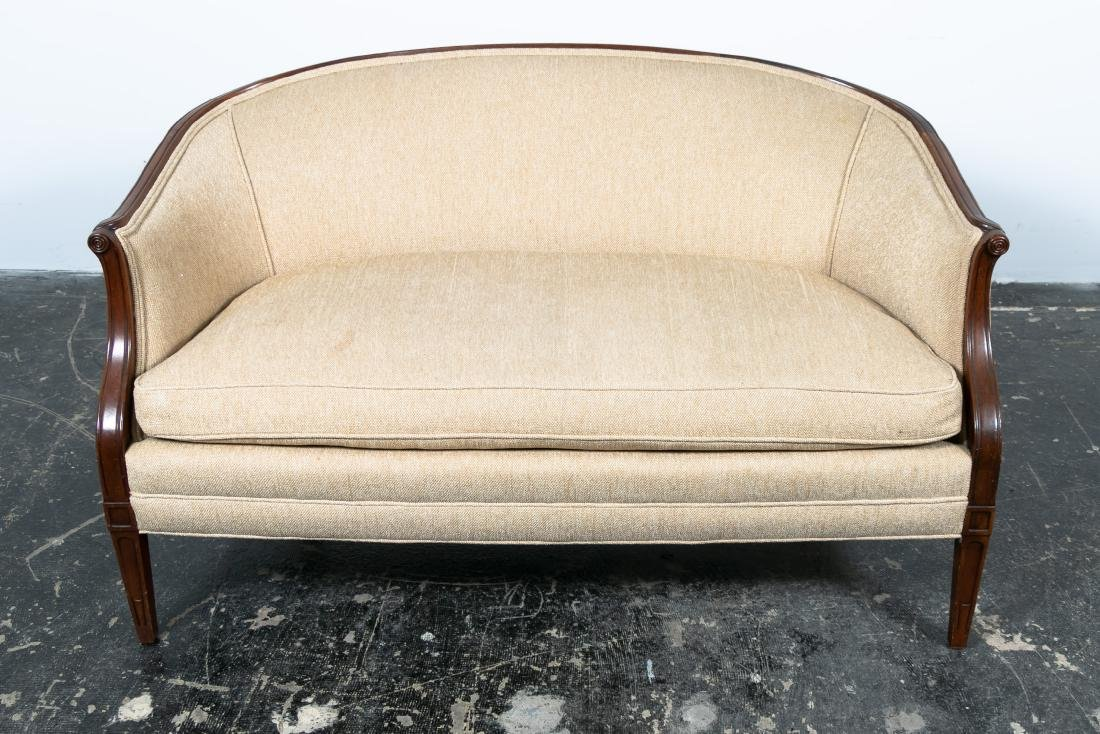 Hepplewhite Style Upholstered Settee, 20th Cent. - 2
