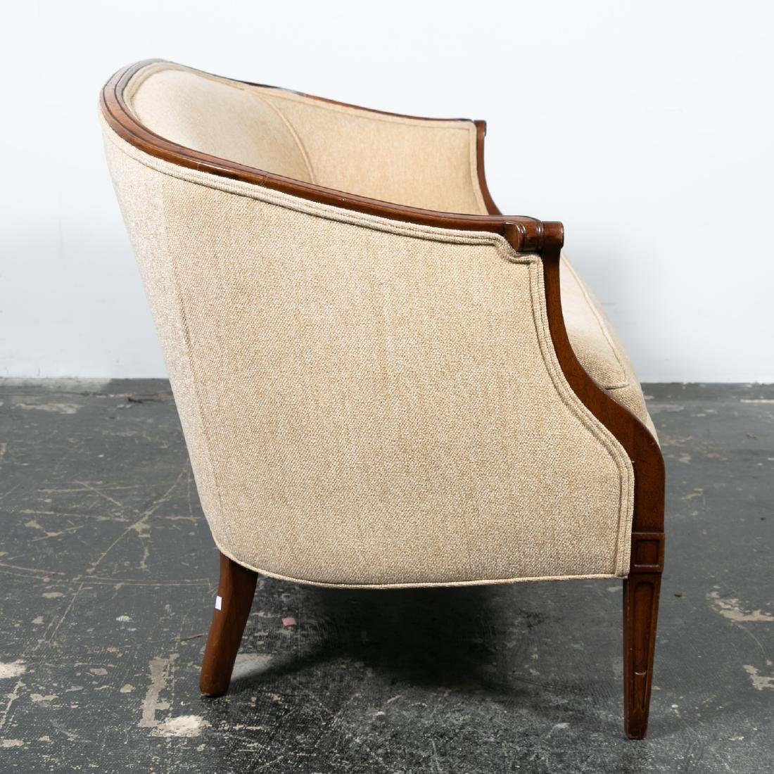 Hepplewhite Style Upholstered Settee, 20th Cent. - 5