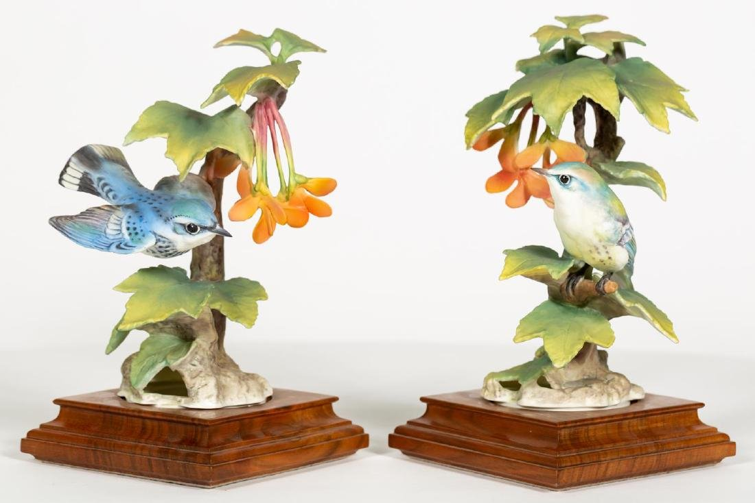 Pair of Doughty Cerulean Warbler & Maple Figures - 2