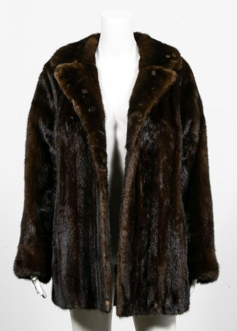 Vintage Short Brown Ladies Mink Fur Coat