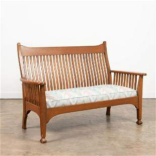 20TH C. AMERICAN ARTS AND CRAFTS STYLE OAK SETTEE