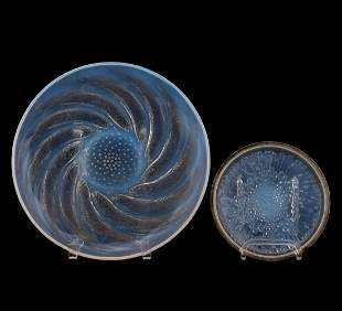 TWO PIECES OF R. LALIQUE MOLDED OPALESCENT GLASS