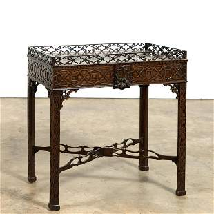 CHINESE CHIPPENDALE MAHOGANY TEA TABLE