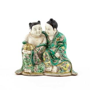 CHINESE FAMILLE VERTE HEHE TWINS PORCELAIN FIGURE