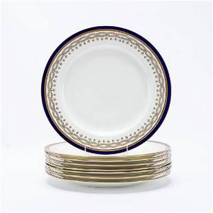 EIGHT PIECES WEDGWOOD GILT & BLUE DINNERWARE