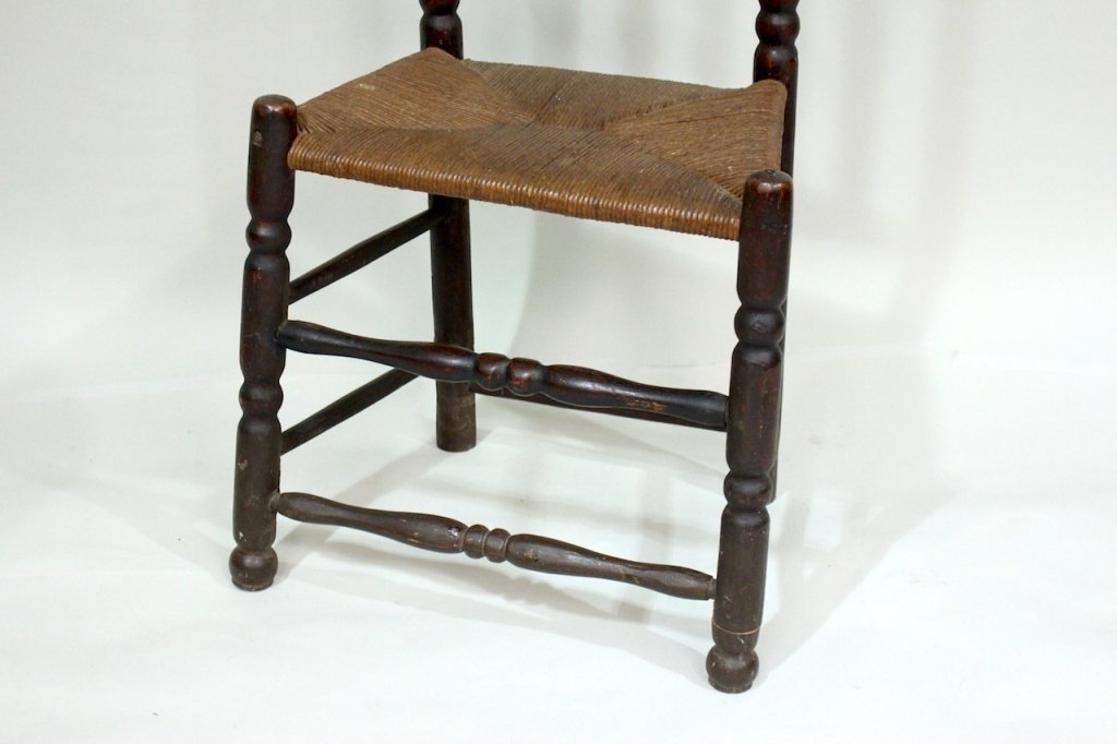 Bannister Back Chair, Mid-18th Century - 4