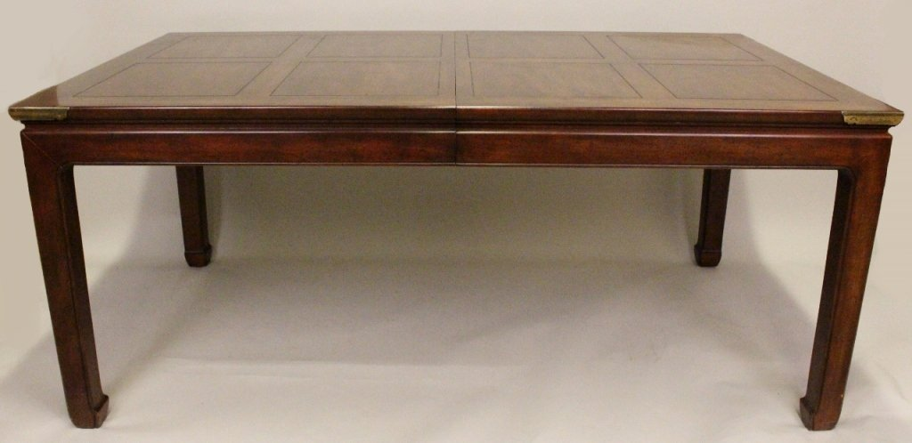 Henredon Dining Table with Two Leaves : Lot 0106