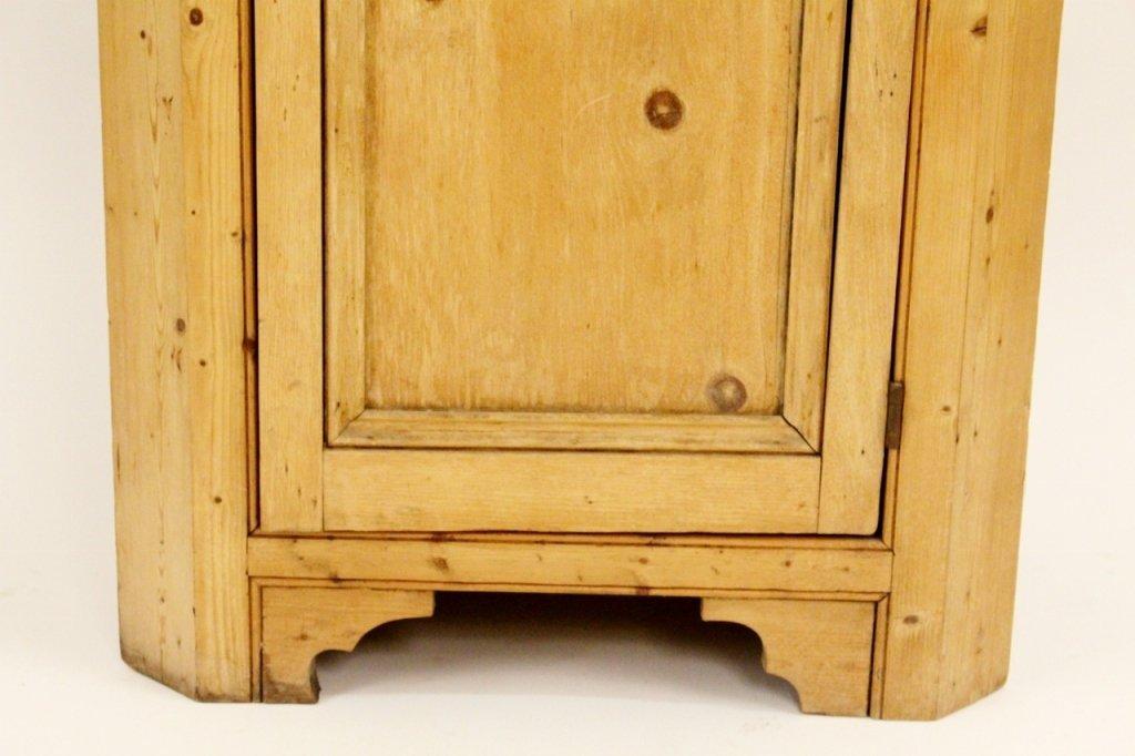 American 19th C. Pine Corner Cabinet - 2