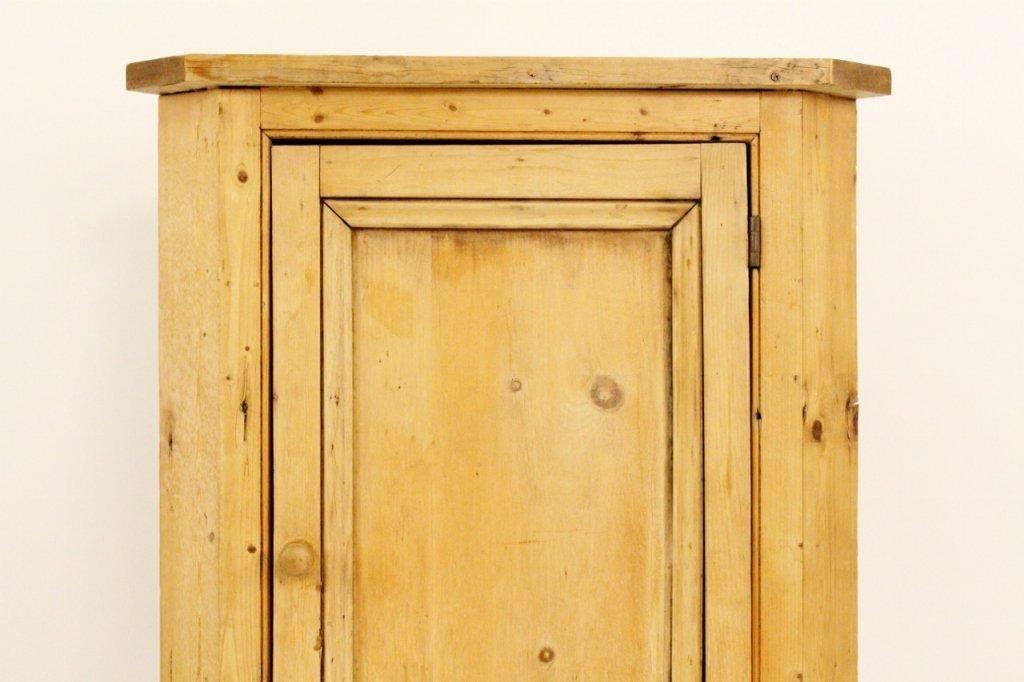 American 19th C. Pine Corner Cabinet - 3