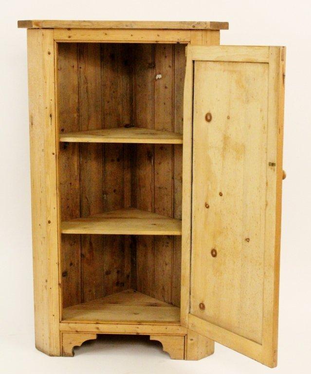 American 19th C. Pine Corner Cabinet - 4