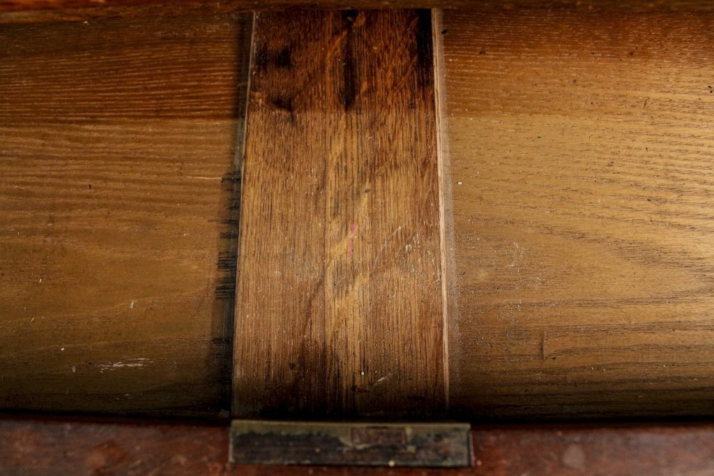 19th Century English Kneehole Desk - 7