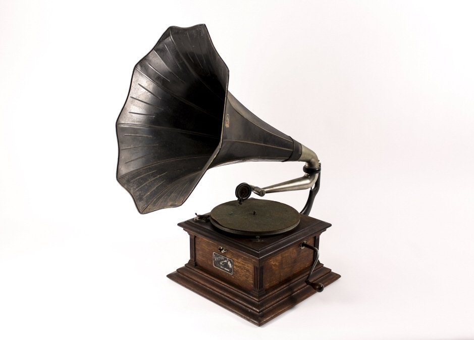Victor External Horn Phonograph