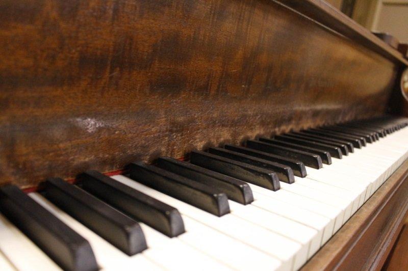 Knabe Walnut Baby Grand Piano, Circa 1915 - 7