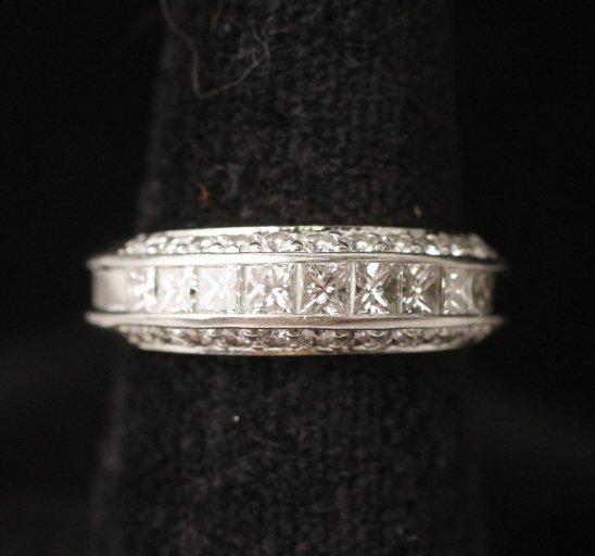 Ladies Platinum & Diamond Ring