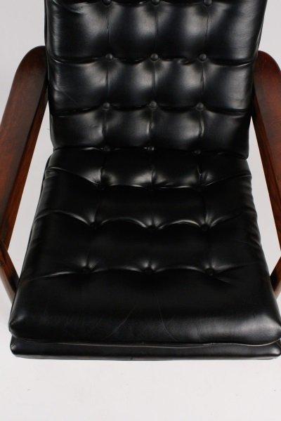 Milo Baughman Scoop Lounge Chair & Ottoman - 10