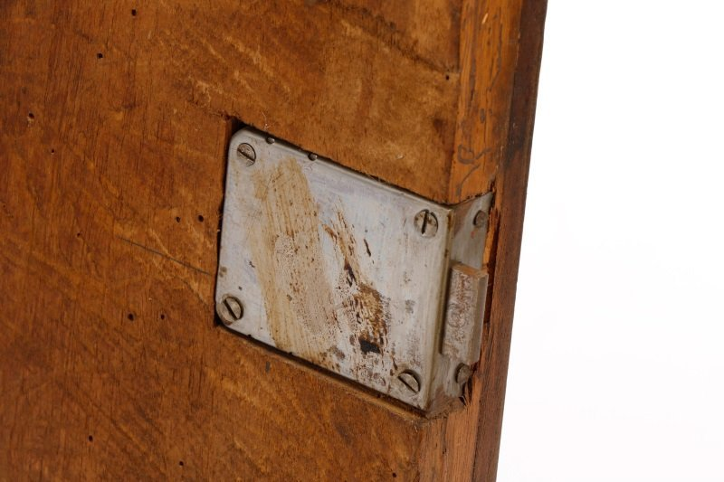 Italian Walnut Lift-Top Cabinet or Console, 19th C - 8