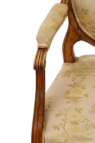 Louis XVI Period Carved Fauteuil la Reine - 7
