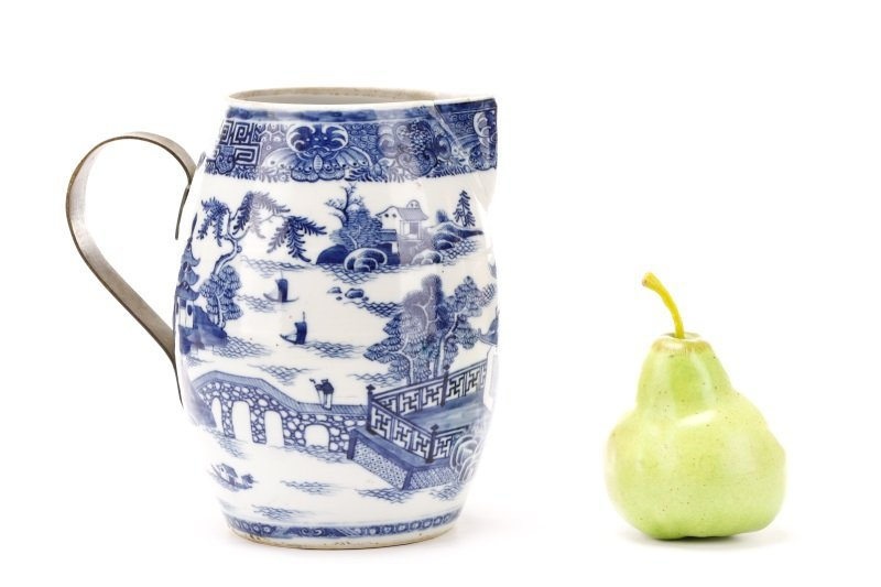 Fine Chinese Export Blue Willow Pitcher, c.1810 - 10