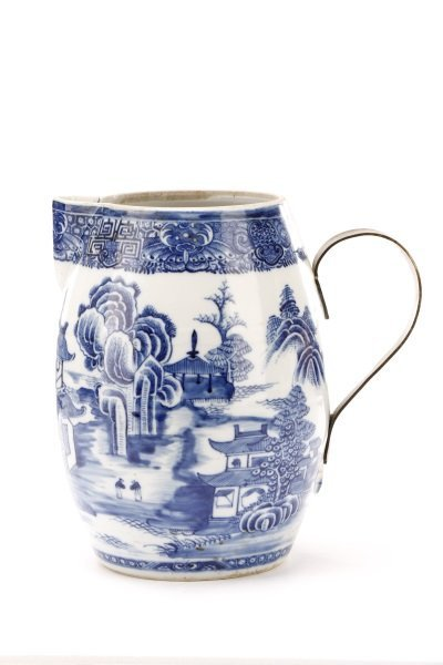 Fine Chinese Export Blue Willow Pitcher, c.1810 - 2