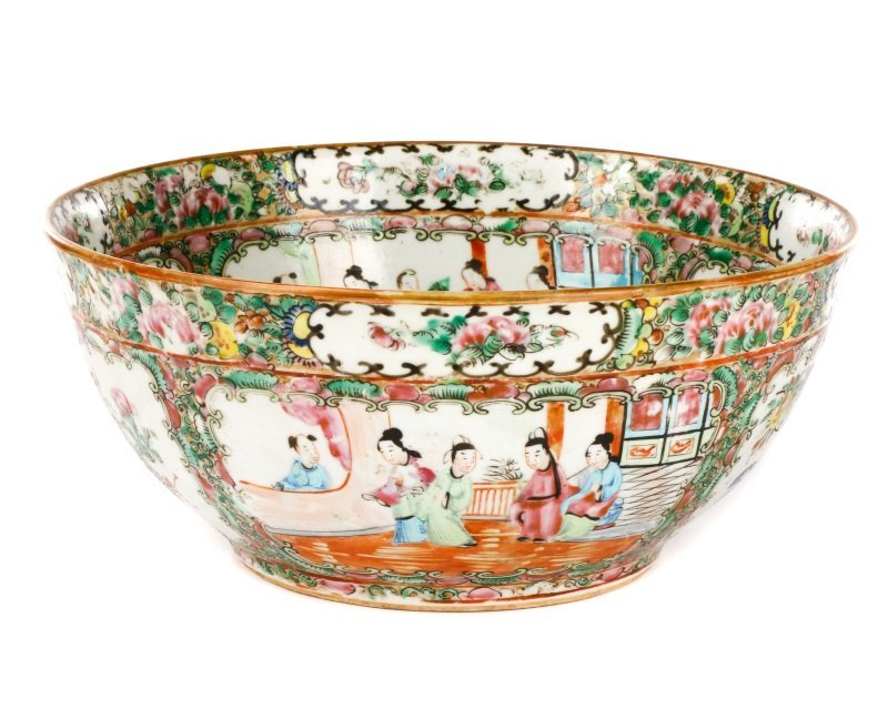 19th C. Chinese Export Rose Medallion Console Bowl