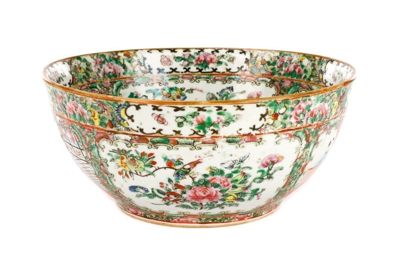 19th C. Chinese Export Rose Medallion Console Bowl - 6
