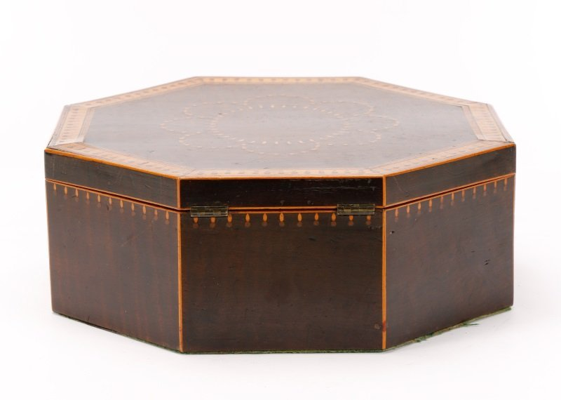 American Octagonal Sailor's Valentine Box, 19th C - 9
