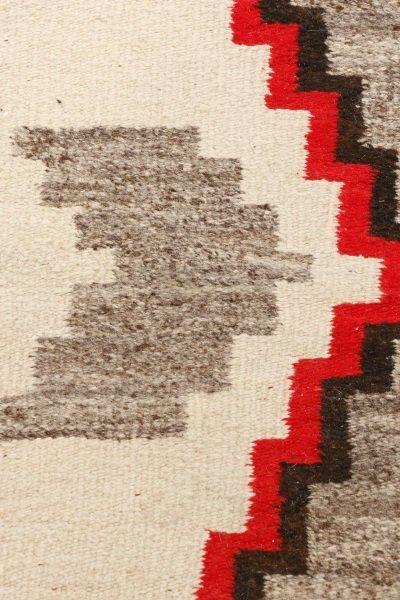 Navajo Wool Woven Regional Rug, Klegaetoh Region - 3
