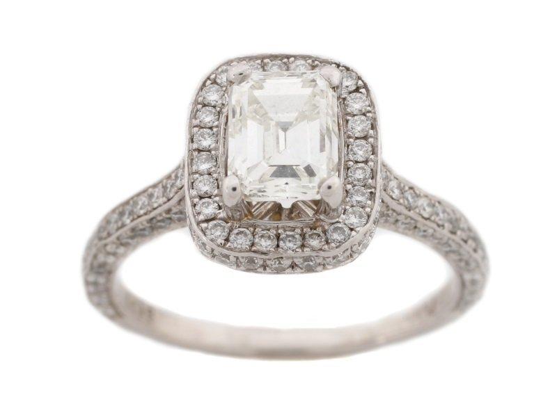 Ladies Platinum & Diamond Engagement Ring