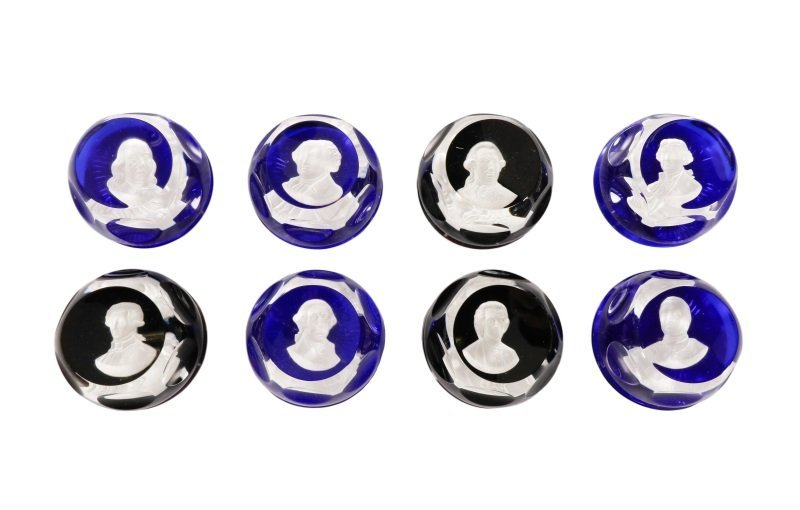 8 French Crystal Cameo Paperweights, Franklin Mint