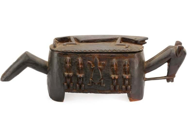 Dogon Carved Horse Form Large Wooden Box - 7