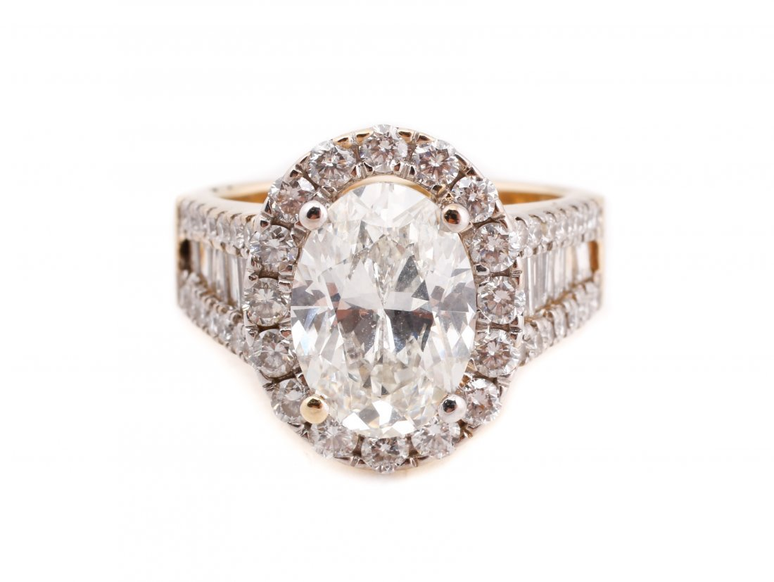Stunning 3 Carat Oval Brilliant Cut Diamond Ring