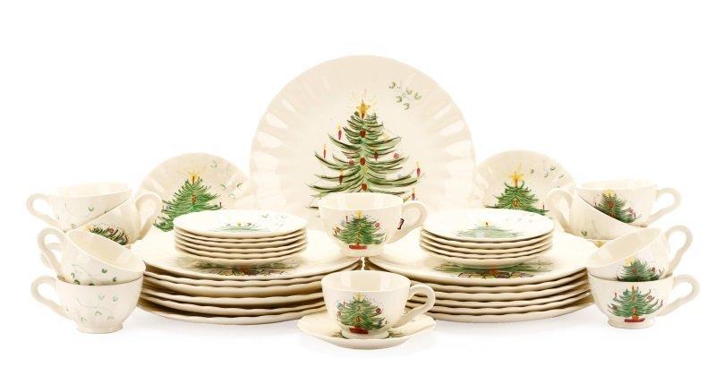 39 PCS Blue Ridge Christmas Tree Mistletoe Pattern