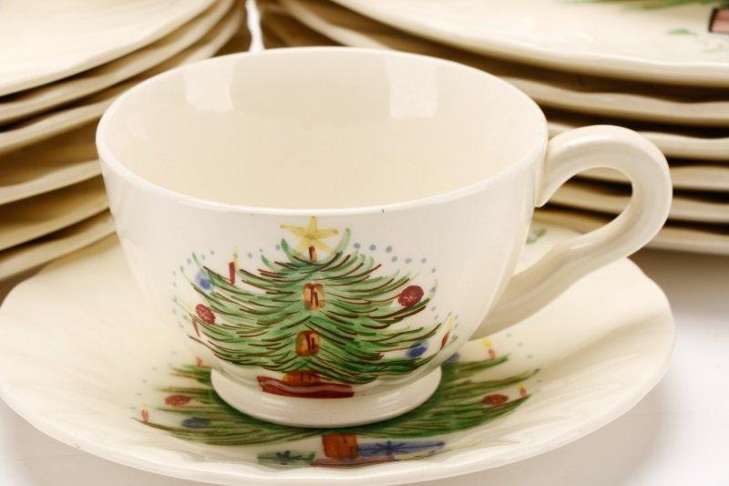 39 PCS Blue Ridge Christmas Tree Mistletoe Pattern - 4