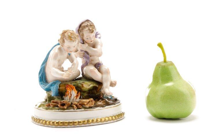 "Porcelain Figural Group ""Winter"", Pre Lladro - 7"