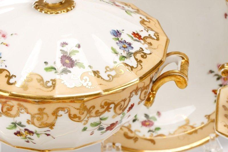 17 Old Paris Porcelain Serving Dishes, 19 C - 2