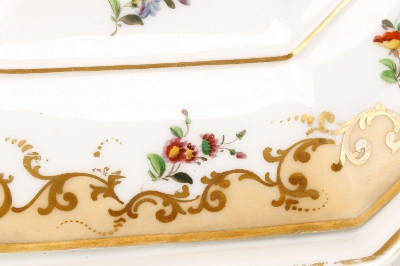 17 Old Paris Porcelain Serving Dishes, 19 C - 9