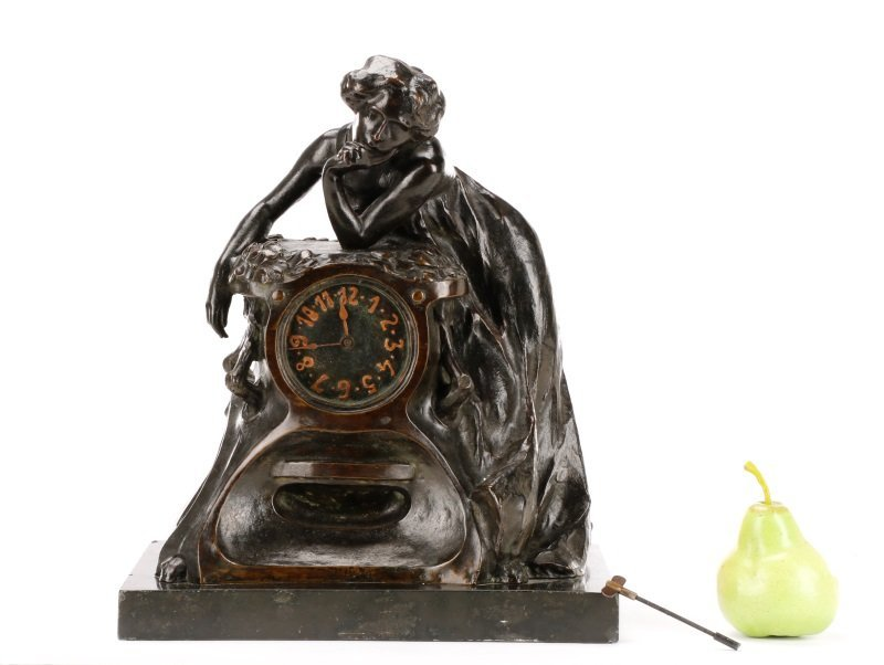 Art Nouveau Bronze and Onyx Mantle Clock, Signed - 10